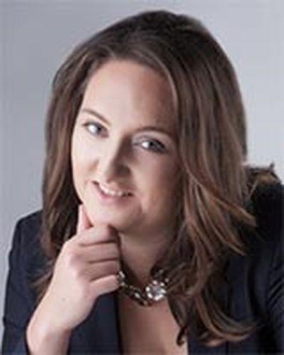 Cassandra Szoeke